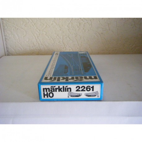 2261.BW.BOX