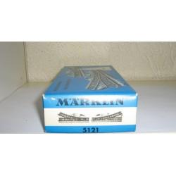 5121.DB.BOX