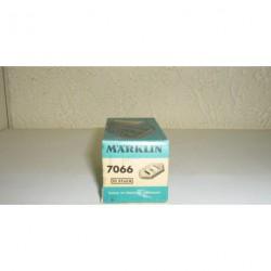 7066.GR.BOX