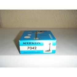 7042.DB.BOX