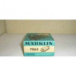 7065.GR.BOX